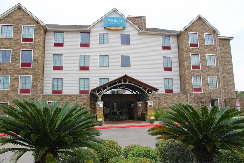 Staybridge Suites Houston Willowbrook 1 of 18