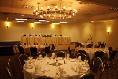 Banquet Room 3 of 10