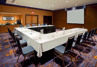 Meeting Room 20 of 21