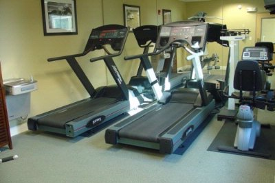 Fitness Room 3 of 7