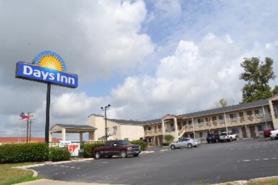 Image of Days Inn Kerrville