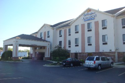 Holiday Inn Express Hotel & Suites Dayton West Brookville 1 of 10