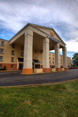 Comfort Inn St. Louis Westport 1 of 12
