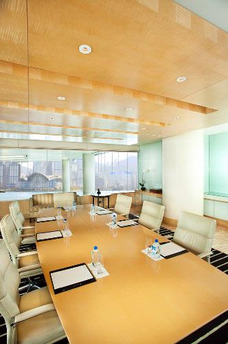 Club Intercontinental Boardroom 8 of 26
