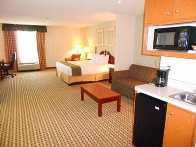 Executive Suite 19 of 22