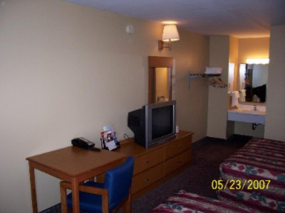 Econo Lodge Hershey 1 of 8