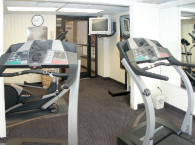 Fitness Room 4 of 5