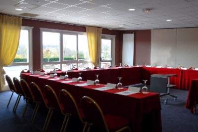 Meeting Room -Hôtel Du Golf D\'arras 9 of 11