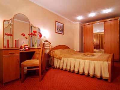 Suite Double Bed 2 Rooms 12 of 16
