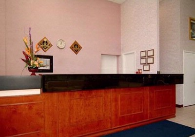 Front Desk 12 of 17