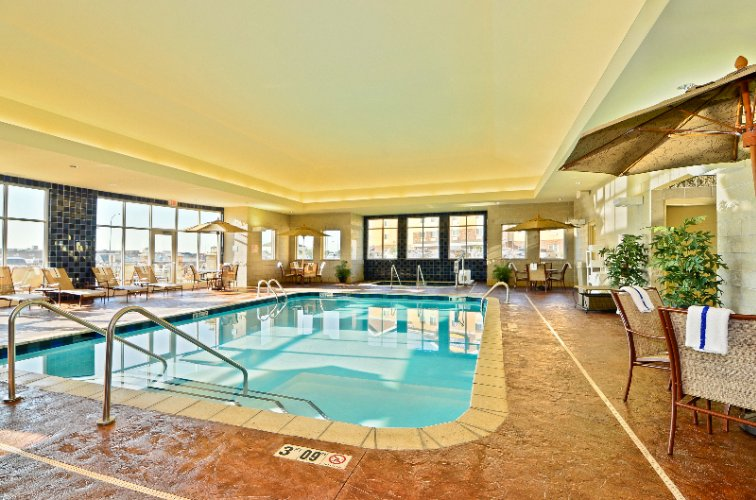 Indoor Swimming Pool 3 of 15
