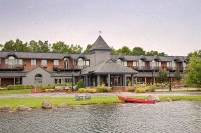 Lake Opechee Inn & Spa -Exterior -Lakefront 3 of 23