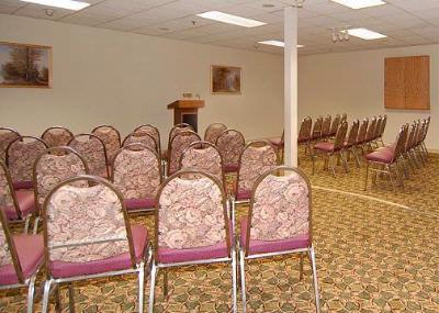 2 Meeting Rooms Available In A Variety Of Set Up Options 10 of 10