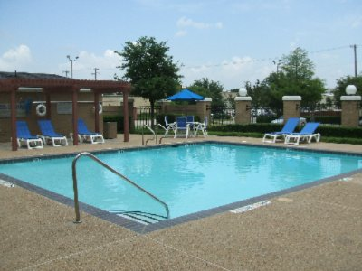 Holiday Inn Express Dallas Seasonal Outdoor Pool 9 of 11