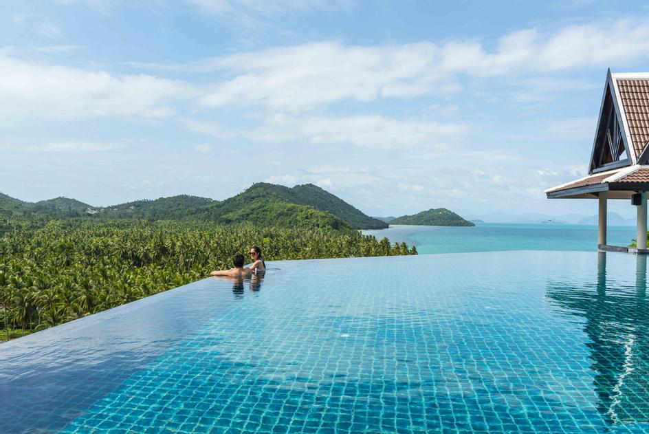 The Infinity Pool Situated By The Air Bar Offers Spectacular 360-Degree Views Across Koh Samui 4 of 16