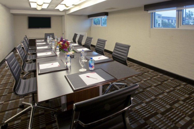 Caladesi Boardroom 14 of 31