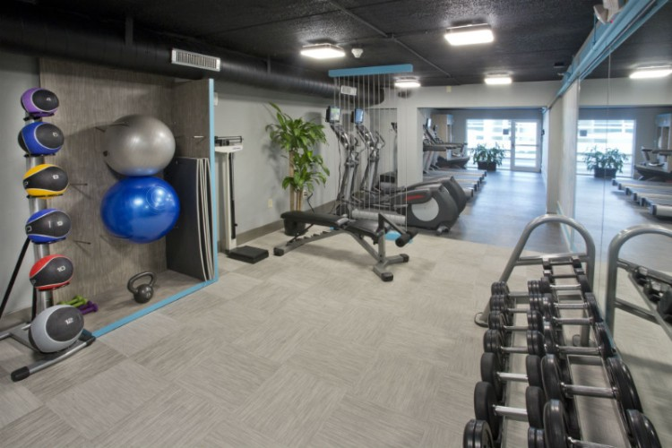 Fitness Center 6 of 31