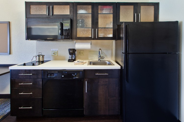 Fully Equipped Kitchen In Studio Suite With Full Size Appliances 4 of 11