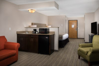 Country Inn & Suites Portland Airport -Jacuzzi Suite For An Upgrade Option. 4 of 15
