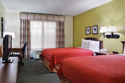 Guest Rooms 4 of 19