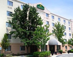 Image of La Quinta Inn & Suites Bwi
