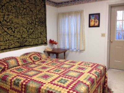 Autumn Bedroom With Queen Size Bed 2 of 5