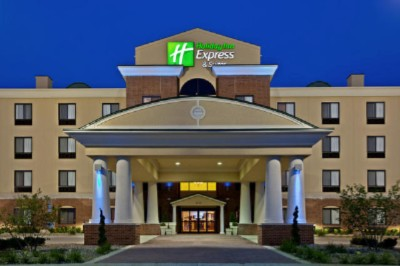 Anderson Holiday Inn Express & Suites 1 of 11