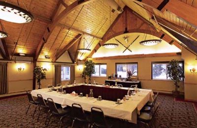 Indian Peaks Meeting Room 25 of 29
