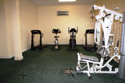Fitness Center 13 of 15