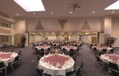 Banquet Room 5 of 10