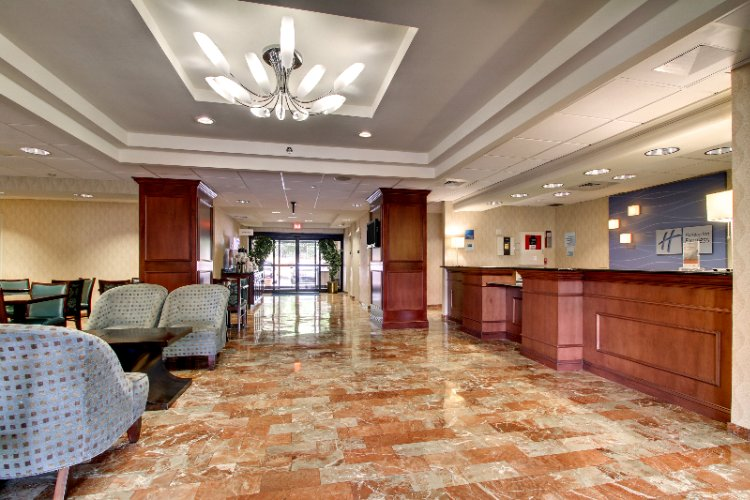 Lobby View 3 of 19