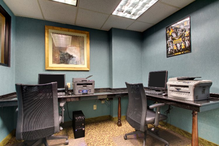 Business Center 10 of 19