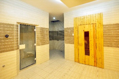 Steam Room 5 of 14