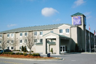 Hotels in 28221 charlotte north carolina hotel near for Cheap hotels near charlotte motor speedway