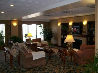 Guest Lobby 4 of 11
