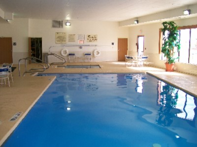 Indoor Swimming Pool & Spa 5 of 11