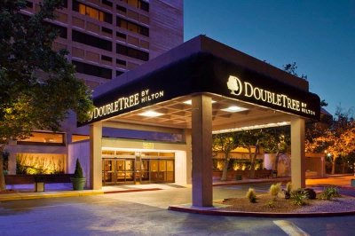 Doubletree by Hilton Albuquerque 1 of 13