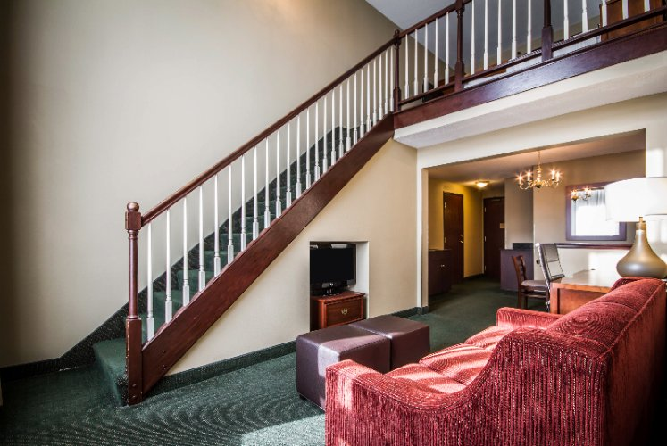 Large Extended Stay Suites Available 9 of 15