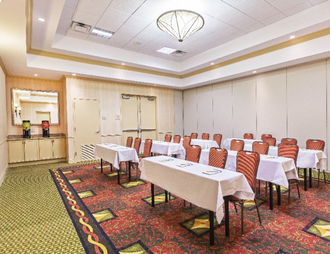 Lexington Room -Meeting Space 5 of 9