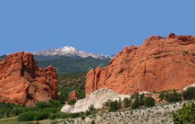Nearby Garden Of The Gods -One Of The Beauties Of Colorado Springs Only A Short Drive Away. 8 of 15