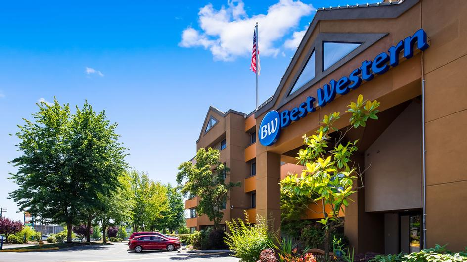 Best Western Alderwood 2 of 5