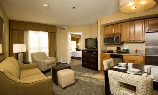 One Bedroom Suite-Private Bedroom-Full Equipped Kitchen 7 of 19