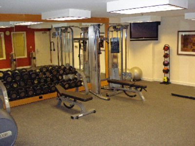 Fitness Center 13 of 19