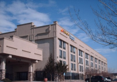 Image of Holiday Inn Express & Suites Denver Aurora