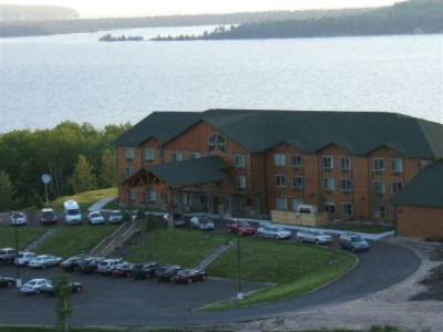 Holiday Inn Express Munising Lakeview 1 of 7