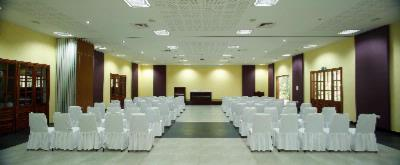 Conference Hall 10 of 15