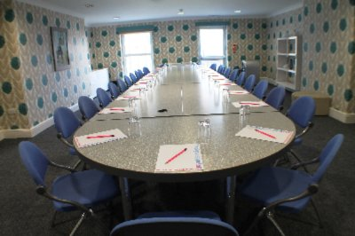 Large Meeting Room 6 of 7
