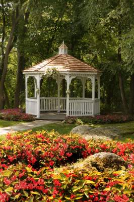 Red Oak Mansion Gazebo 8 of 15