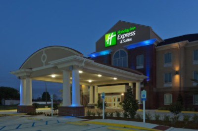 Holiday Inn Express & Suites Raceland Hwy 90 1 of 16