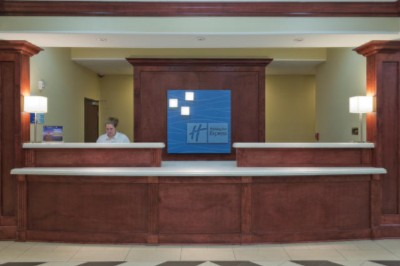 Front Desk Area 12 of 16